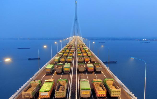 沪通长江大桥主航道桥荷载试验圆满完成