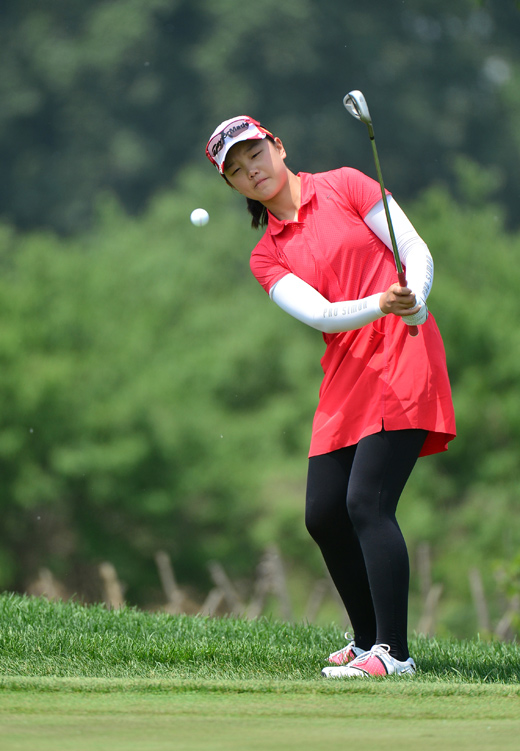 石昱婷:邻家女孩成长记 高尔夫
