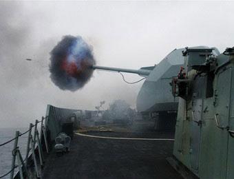 南海舰队实弹演练