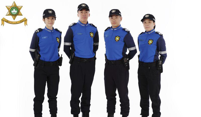 """澳门""""旅游警察""""正式亮相"""