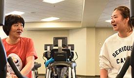 郎平康复训练 人在美国心系女排