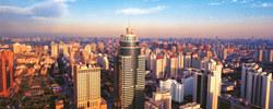 """""""在深圳,自己不做点事就亏大了""""依靠完整的产业链和活跃的创业氛围,城市持续迸发活力,深圳与创新一路同行。[阅读]"""