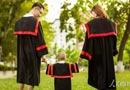 """毕业季,一组""""人大毕业生带娃来拍毕业照""""的照片走红! 大三结婚大四生子,你羡慕吗? [阅读]"""