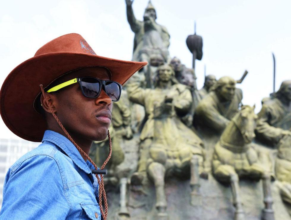 来自肯尼亚的Nelson心目中的偶像重新进行了排序,成吉思汗跃升第一名。