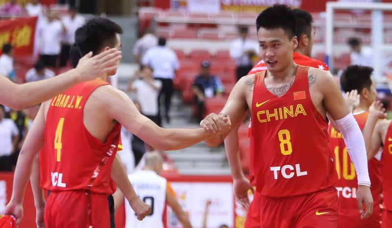 斯杯-赵睿准绝杀 中国男篮71-70胜埃及