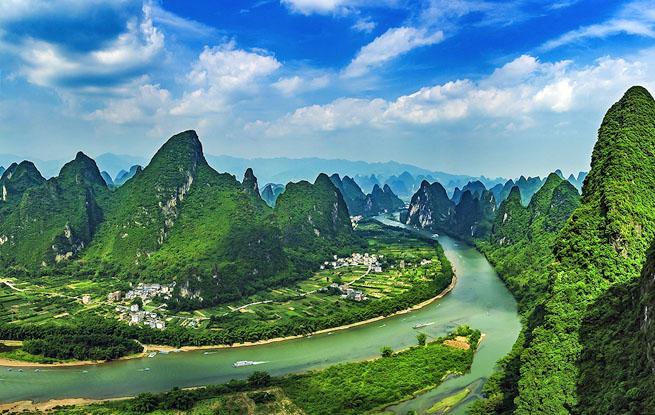 图说中国:广西桂林奇美山水 百里画廊图片