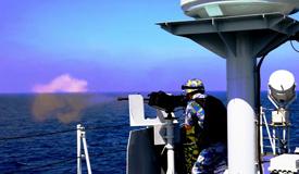海军第28批护航编队进行实战化训练