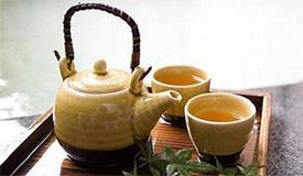 茶垢是健康大敌?盖上杯盖减少茶垢形成
