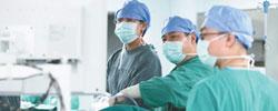 """大牌医生""""抱团""""创业全国榜上有名的医生集团已达160家,成为一种医疗服务新业态。[阅读]"""