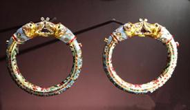 卡塔尔亲王携500余件稀世珍品来华