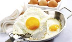 吃鸡蛋常犯8个错 5种散步方式有损健康