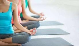 贝克汉姆前私教独家放松秘笈:办公室瑜伽