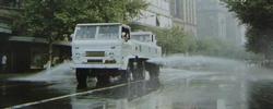 上海这辆扫路车为啥值两辆特斯拉?一组老照片带你回忆上海道路机械化保洁的发展史。[阅读]
