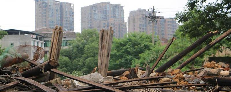 浏阳400年古建筑怎就被拆成废墟了?即使不与谭嗣同有关,也是珍贵的古建筑,怎么能说拆就拆?[阅读]