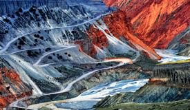 鬼斧神工的新疆安集海大峡谷