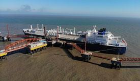 中俄能源合作结硕果 首船亚马尔LNG抵江苏