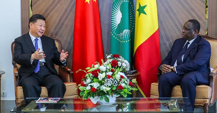 习近平同塞内加尔总统萨勒举行会谈