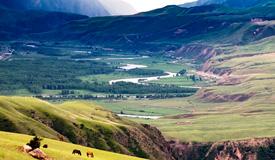 新疆阔克苏大峡谷