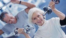 60岁后做好8件事助长寿 每周跑步多活10年