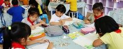 """看杭州如何破解""""三点半难题""""9月17日起,杭州小学全面实行免费晚托班。新政出台,赢得家长一片叫好。 [阅读]"""