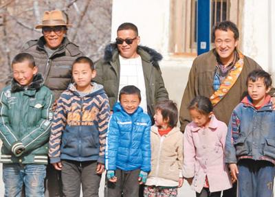 43戶人家的偏僻小山村走出了26名大學生