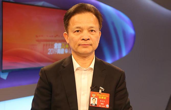 全国政协委员、中国工程院副院长钟志华:推进工程教育改革与创新创业创造