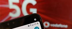 "5G商用""发令枪""响 领跑国开局如何? 作为第五代移动通信技术,5G被普遍认为是开启真正万物互联的""钥匙""。[阅读]"