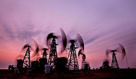 """国内成品油价格或迎""""两连涨"""""""