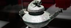 """国宝归来!600余件回归文物亮相国博""""回归之路――新中国成立70周年流失文物回归成果展""""在国家博物馆开幕。[阅读]"""