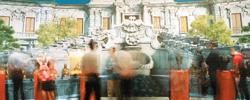 """国博新开大展:讲述国宝""""回家""""70年文物回归故事串联起来,正是祖国不断发展强大的生动写照。[阅读]"""
