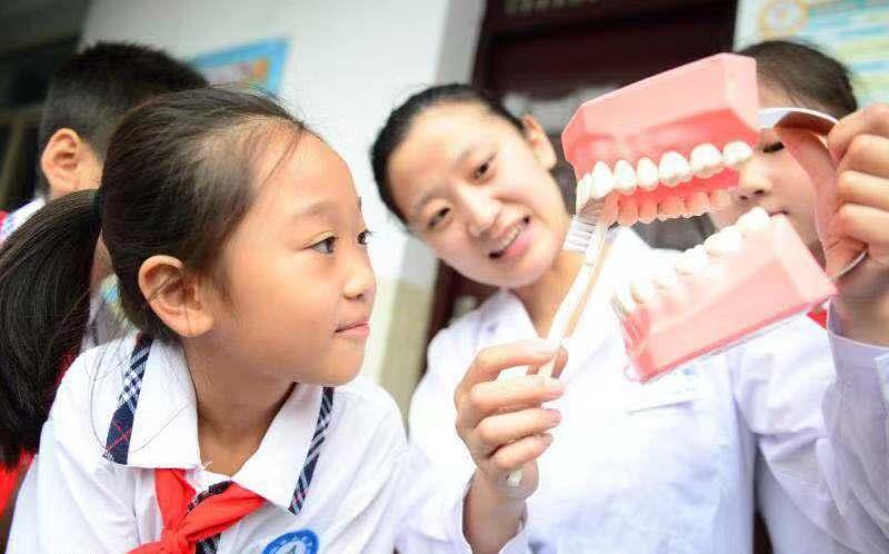 不可再生的牙釉质到底有多脆弱?