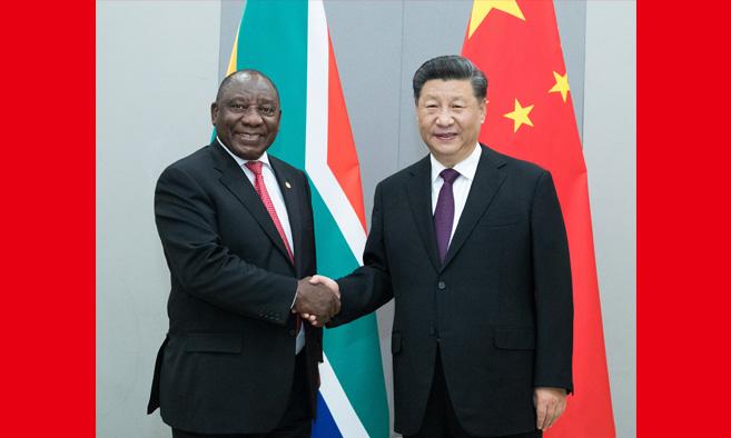 习近平会见南非总统拉马福萨