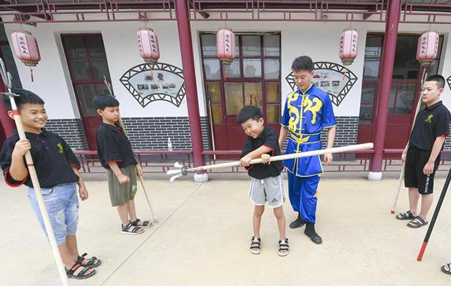 河北文安:新时代文明实践站里感受非遗魅力