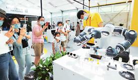 中国为世界经济复苏注入信心动力