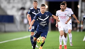 法甲-里昂20脚射门未命中 0-0平波尔多