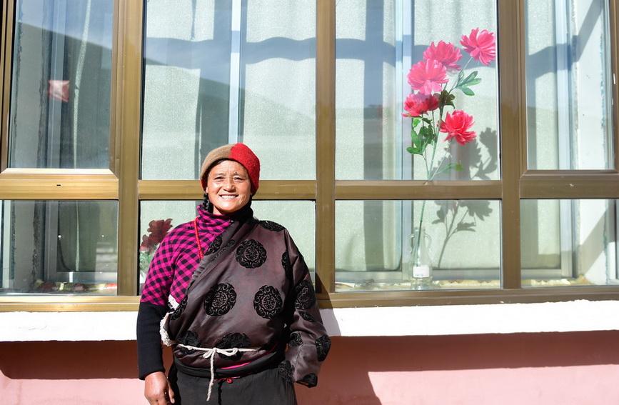 青海甘德:扶贫搬迁点里的新生活
