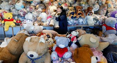"""匈牙利""""泰迪熊妈妈""""收藏超万只玩偶"""