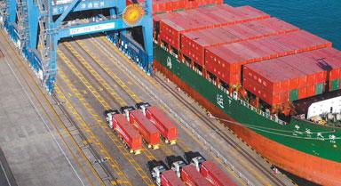 运用北斗技术实现集装箱码头自动化