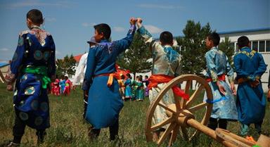 民族传统体育走进校园