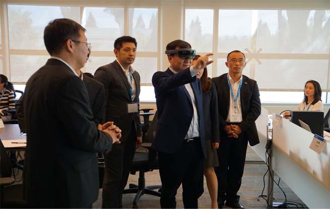 张近东现身硅谷研究院:用全球领先科技助推智慧零售