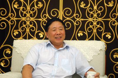 中央社会主义学院党组书记、第一副院长叶小文做客强国论坛照片