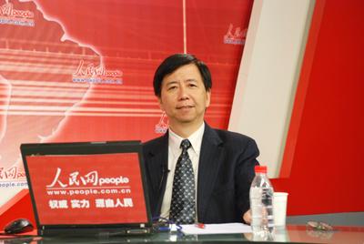 新加坡国立大学李光耀公共政策学院副院长史科德 傅立仁 教授陈抗谈