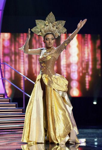 her national costume for a pre-taped segment of the Miss Universe 2010    Miss Universe 2010 National Costume