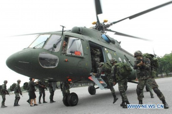 Thai army receives 3 Russian transport choppers (3
