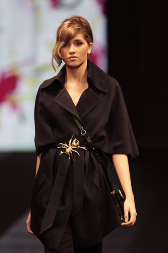 floral adolfo dominguez show dazzles bogota fashion week
