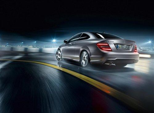 更加运动 奔驰推出新款C级AMG选装套件