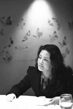 张兰:俏江南投资有限公司董事长。1991年,从加拿大回国后,开办了第一家餐厅,2000年创办俏江南品牌。