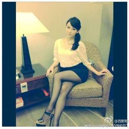 黑丝美腿图片 性感黑丝美腿图短裙黑丝美腿图