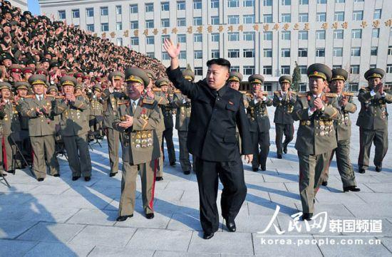 据朝中社报道,朝鲜最高领导人金正恩20日访问了朝鲜国家安全保卫部