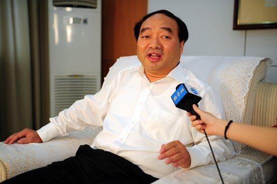 """重庆北碚区委书记被曝不雅照 回应连称""""是假的"""""""